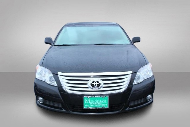 Pre-Owned 2010 Toyota Avalon Limited