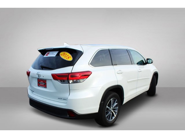 Certified Pre-Owned 2018 Toyota Highlander L