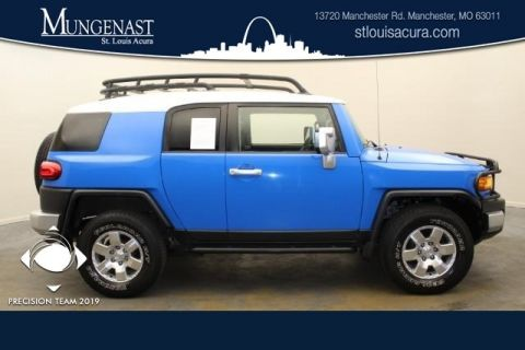 Pre-Owned 2007 Toyota FJ Cruiser Base